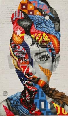 Poster NEW YORK - 26 de fevereiro de 2015: arte mural Audrey de Mulberry por Tristan Eaton em Little Italy.