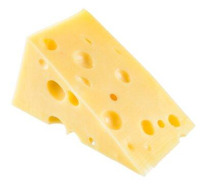 Poster Pedaço de queijo isolado. Com trajeto de grampeamento.