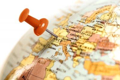 Poster Pino vermelho no mapa.