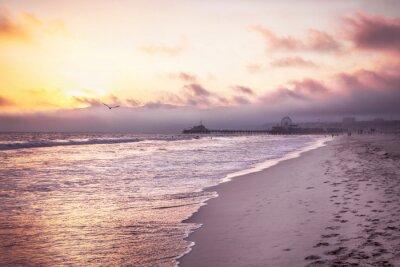 Poster Praia bonita no por do sol
