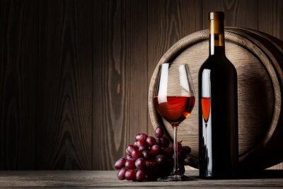 Poster Preto garrafa e um copo de vinho tinto com uvas e tambor