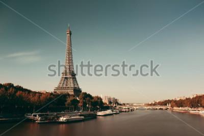 Poster Rio de Paris Seine com a torre Eiffel em França.