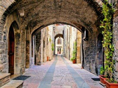 Poster Rua medieval em arco, na cidade de Assis, na Itália