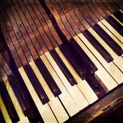 Poster Teclas de um piano antigo quebrado