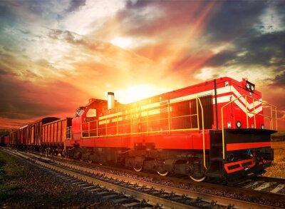 Poster trem de carga ao sol da manhã