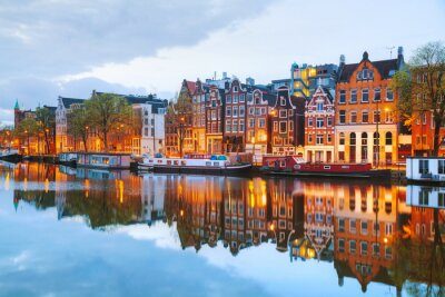 Poster Vista noturna da cidade de Amsterdã, na Holanda