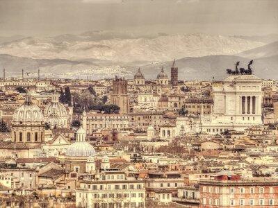 Poster Vista panorâmica de Roma no fundo das montanhas. Foto tonificada retro