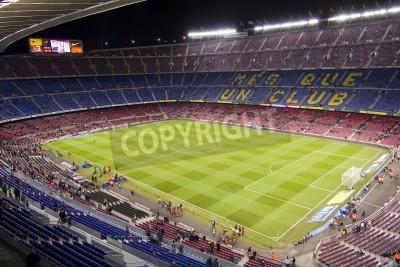 Poster BARCELONA - DEZEMBRO 16: Vista do estádio Camp Nou antes do jogo de liga espanhola entre FC Barcelona e Atlético de Madrid, contagem final 4-1, em 16 de dezembro de 2012, em Barcelona, Espanha