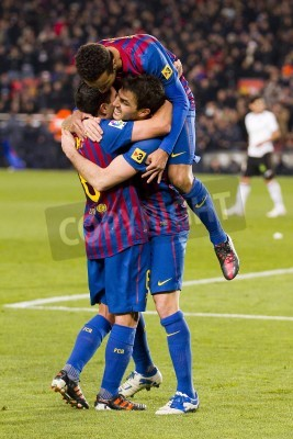 Poster BARCELONA - Os jogadores do Barcelona comemoram um objetivo durante a harmonia espanhola do copo entre FC Barcelona e Valencia, contagem final 2-0, no Estádio Camp Nou, Barcelona, Espanha