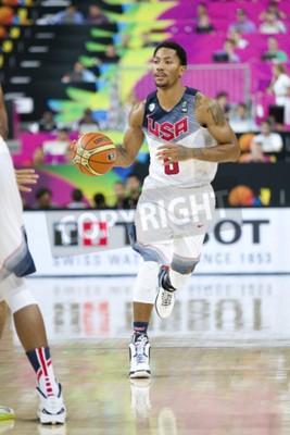 Poster Derrick Rose da equipe dos EUA na ação no fósforo de basquetebol do copo de mundo de FIBA entre EUA e México, contagem final 86-63, setembro em 6, 2014, em Barcelona, Spain