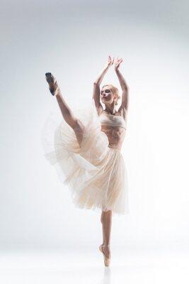 Quadro A silhueta da bailarina no fundo branco