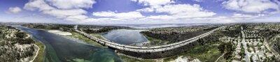 Quadro Aérea panorâmico de Batisquitos Lagoon em Carlsbad, Califórnia, EUA.