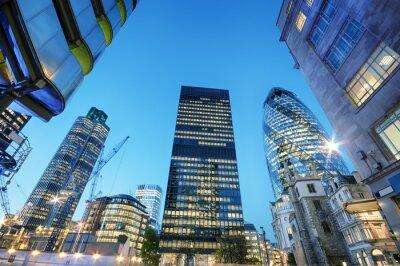 Quadro Arranha-céus na cidade de Londres na noite.