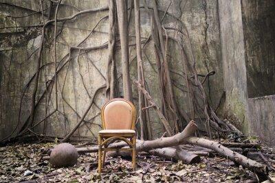 Quadro As raízes, a velha cadeira e parede arruinada