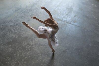 Quadro Bailarina, dentro