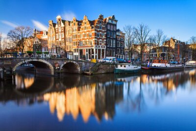 Quadro Beautiful image of the UNESCO world heritage canals the 'Brouwersgracht' en 'Prinsengracht (Prince's canal)' in Amsterdam, the Netherlands