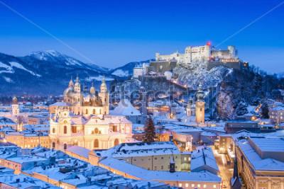 Quadro Bela vista da cidade de Salzburgo com a Festung Hohensalzburg no inverno, Salzburgo, Áustria