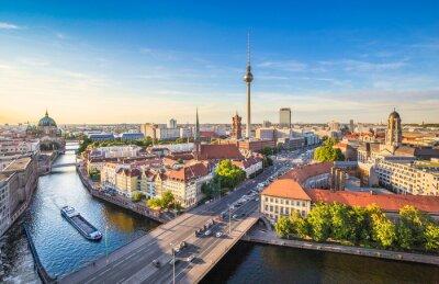 Quadro Berlin skyline panorama com a torre de TV e rio Spree ao pôr do sol, Alemanha