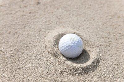 Quadro Bola de golfe na areia armadilha