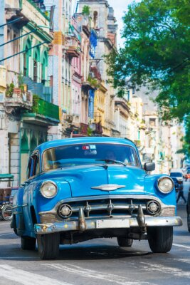 Quadro Carro americano do vintage em uma rua no centro de Havana