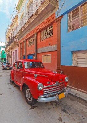 Quadro Carro vermelho do vintage na rua da cidade velha, Havana, Cuba
