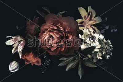 Quadro Cartão vintage floral com flores. Peônias, tulipas, lírio, hortênsia no fundo preto. Modelo para design de convites de casamento, cumprimentos do feriado, cartão de visita, embalagem de decoração