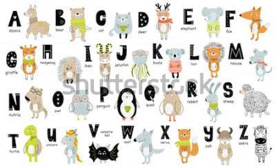 Quadro Cartaz de vetor com letras do alfabeto com animais dos desenhos animados para crianças em estilo escandinavo. Fonte de zoo gráfico desenhada de mão. Perfeito para cartão, etiqueta, folheto, flyer, pág