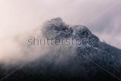 Quadro Cascavel Ledge nas nuvens.