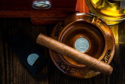 Quadro Cubano charuto em cinzeiro com vidro de cognac ad humidor