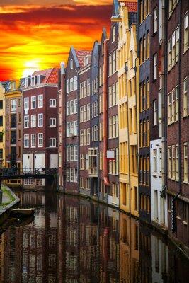 Quadro Edifícios antigos tradicionais em Amsterdão