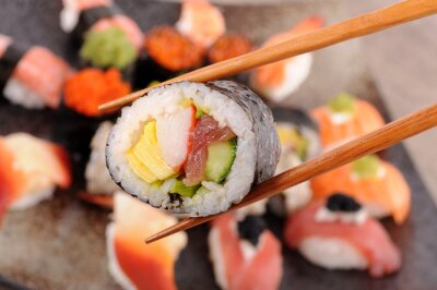 Quadro Futomaki sushi realizada por pauzinhos