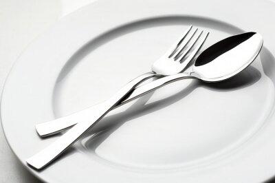 Quadro garfo e colher na placa branca