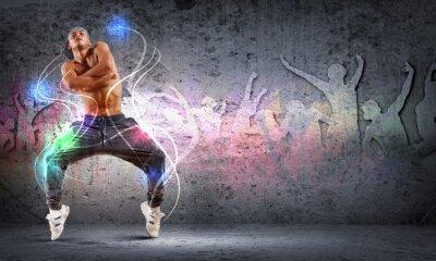 Quadro jovem a dançar hip hop com linhas de cor