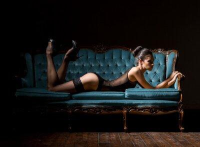 Quadro Jovem, excitado, mulher, lingerie, vindima, sofá