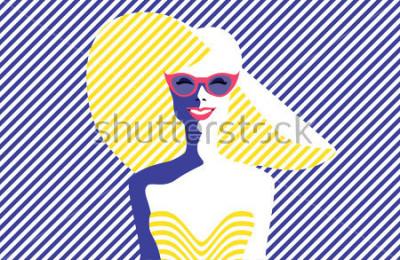 Quadro Jovem mulher bonita com óculos de sol e chapéu, estilo retro. Arte pop. Férias de verâo. Ilustração em vetor eps10