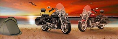 Quadro Motocicleta, bicicleta na praia ao pôr do sol à noite