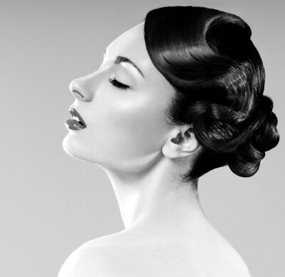 Quadro mulher bonita com penteado profissional