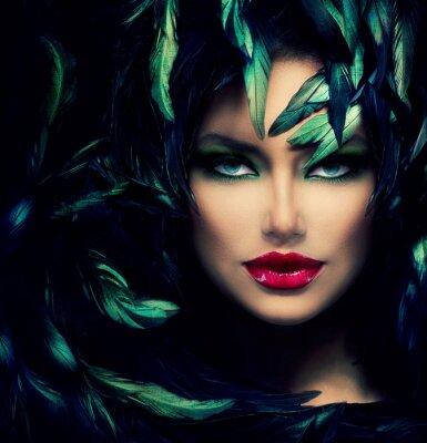 Quadro Mysterious Woman Portrait. Modelo bonito da face da mulher do close up