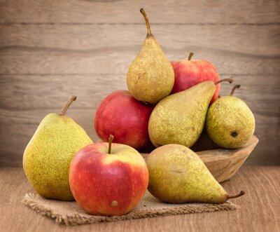 Quadro Peras e maçãs na tabela de madeira