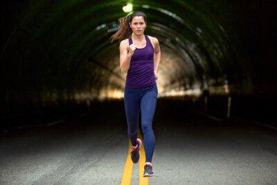 Quadro Rápido, corrida, velocista, difícil, mulher, executando, BAIXO, rua, urbano, cidade ...