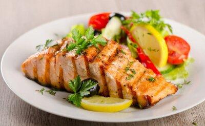Quadro Salmão com salada fresca.