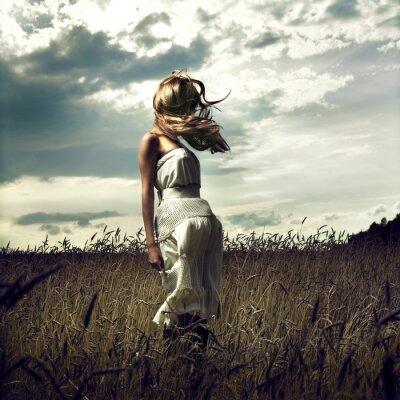 Quadro Salte mulheres no campo de trigo