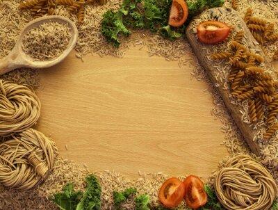 Quadro Saúde Alimentos de fundo, arroz, macarrão, salada e legumes.