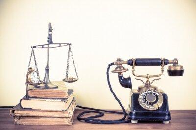 Quadro Telefone velho Vintage, escalas com relógios e dinheiro, livros
