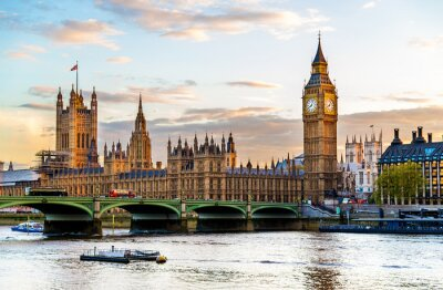 Quadro The Palace of Westminster in London in the evening - England