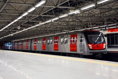 Quadro Trem do metro na estação de metrô