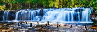 Quadro Tropical cachoeira na selva com motion blur
