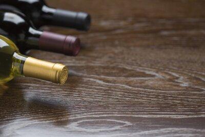 Quadro Vários, vinho, garrafas, reflexivo, madeira, superfície, abstratos