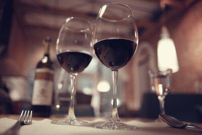 Quadro Vinho tinto em um restaurante francês interior