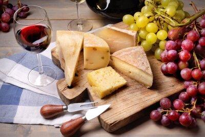 Quadro Vinho vermelho, uvas e queijo